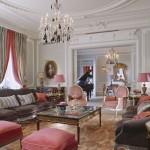 FOR TRAVEL - Hôtel Plaza Athénée - Eiffel Suite - Living Room - Photo Credit: de Laubier
